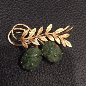 Van Dell 12K gold filled carved jade brooch